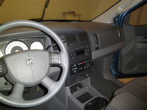 2005 Dodge Durango Interior by 2005 Dodge Durango Pictures Cargurus