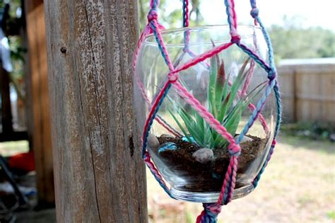 yarn macrame plant hanger   great diy gift