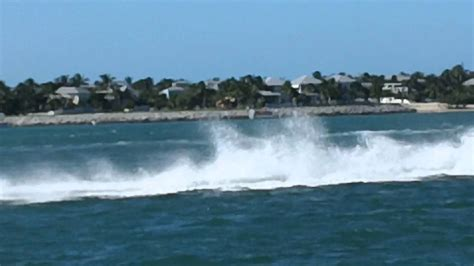 key west boat accident powerboat races 2011 boat crash 2 men killed in a crash