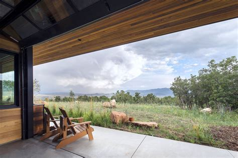 imbue design red hawk house imbue design archdaily