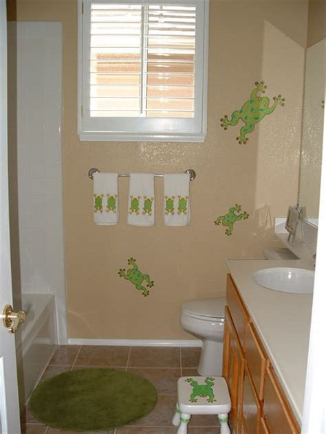 frog bathroom bathroom wall murals by colette custom bathroom murals