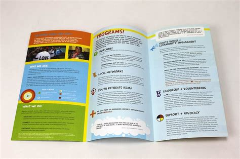 How To Make A Travel Brochure On Paper - choose to print your custom roll fold brochures on 70lb