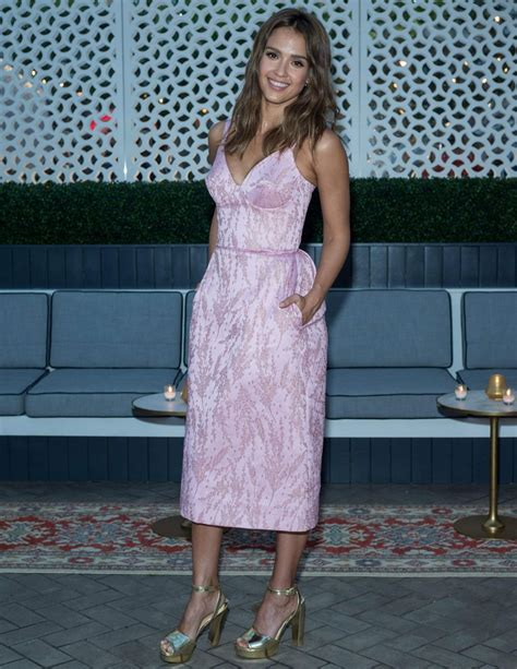 jessica york jessica alba at instyle cover dinner in new york 06 16