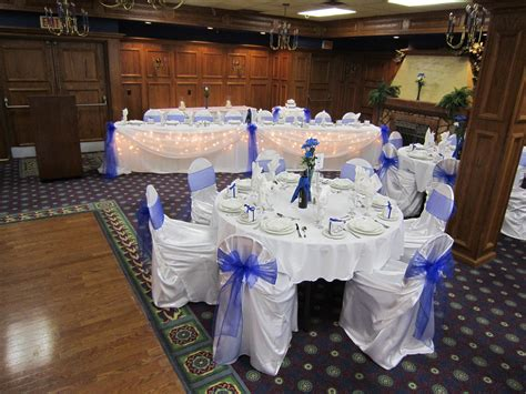 royal blue wedding set the mood decor