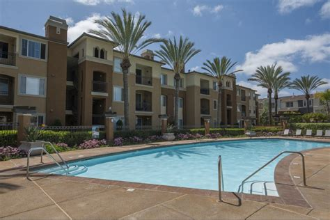 Apartment Rentals San Diego Area San Diego Ca Luxury Apartments Avion At Spectrum
