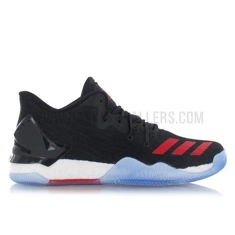 Sepatu Basket Adidas D 7 Boost Low Black Gold adidas basket4ballers