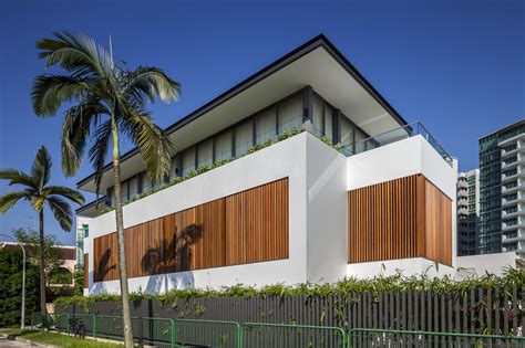 gallery of sunny side house wallflower architecture design 11