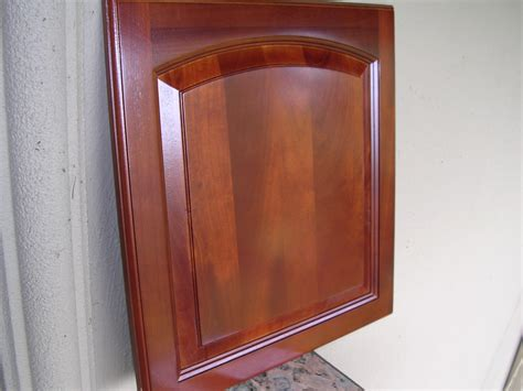 Arched Cabinet Doors Rta Cabinet Broker 5f Traditional Cherry Arched Kitchen Cabinets Photo Album Cy