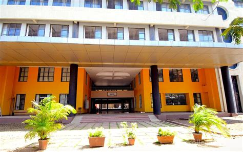 Ahmedabad Institute Of Technology Mba by Sardar Patel Institute Of Management Science And