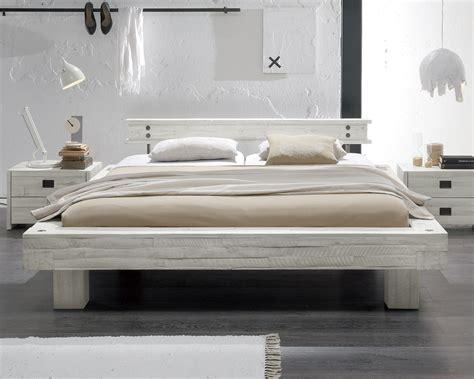 massivholzbett im vintage stil in wei 223 kaufen buena - Schlafbett Kaufen