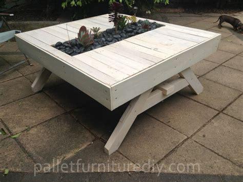 Garden Table Planter by Pallet Outdoor Planter Table Pallet Furniture Diy