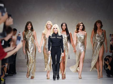 Donatellas Heartbreak by 11 Donatella Versace Quotes That Ll Get You Pumped For Met