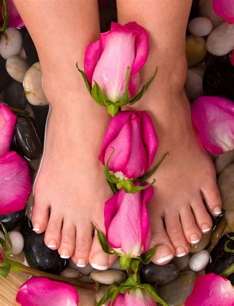 imagenes libres masajes ver banco de imagenes gratis y fotos de tattoo design bild