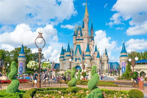 Save Money On Disney World by Review Walt Disney World Vip Tour At Magic Kingdom La