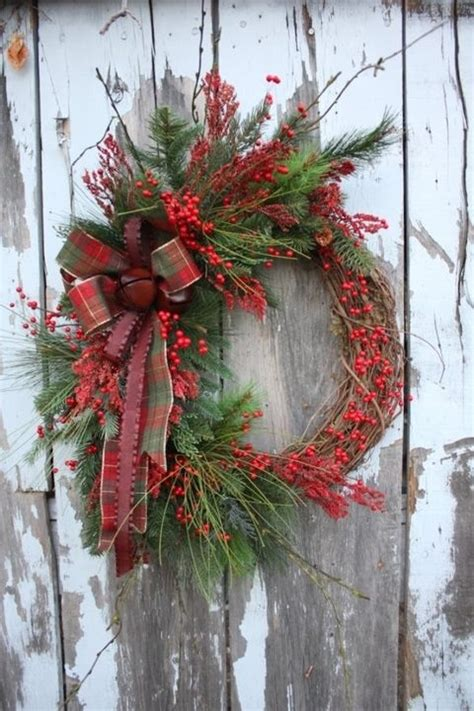 christmas wreath rustic would love this in burlap and