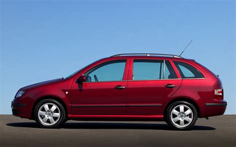 skoda fabia combi  wallpapers  hd images car pixel