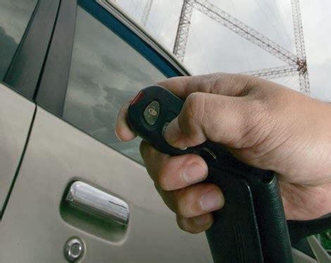 Alarm Pada Mobil dunia otomotif tips non aktifkan suara alarm pada