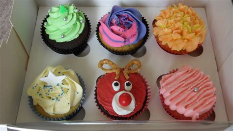 christmas icing decorations for cupcakes beki cook s cake