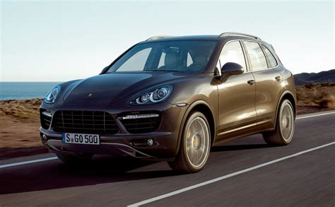 Porsche Cayenne Gas Mileage by 2011 Porsche Cayenne S Hybrid First Details Of 28 Mpg