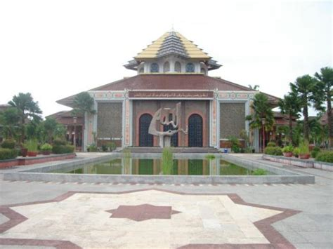 desain adalah wikipedia masjid kus ugm wikipedia bahasa indonesia