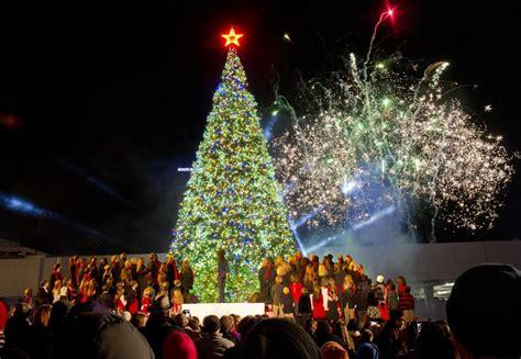 christmas tree atlanta photos atlanta s tree lightings through the years