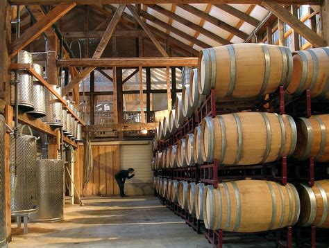barrel room file unionville vineyards barrel room jpg wikimedia commons