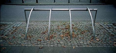 Landscape Forms Bicilinea Santacole Bicilinea Bike Rack