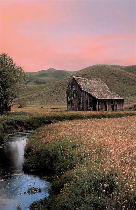 Pretty Barn Weathered Barn At Sunset Barns