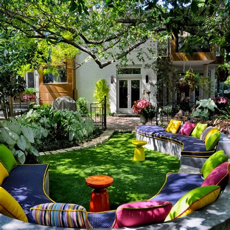 how to decorate a small backyard fantastic exterior house design ideas with colorful