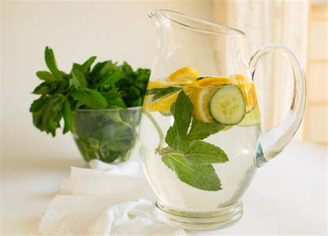 Lemon Cucumber Mint Water Detox Reviews by Lemon Cucumber Mint Alkaline Water Recipe Live Well