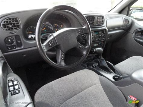 how make cars 2003 chevrolet trailblazer interior lighting medium pewter interior 2003 chevrolet trailblazer ext ls 4x4 photo 40708677 gtcarlot com