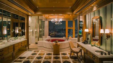 presidential suite bathroom presidential suite bedroom picture of four seasons hotel hong kong hong kong