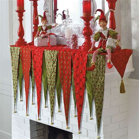 pattern for christmas mantel scarf 9 best mantle scarf images on pinterest christmas