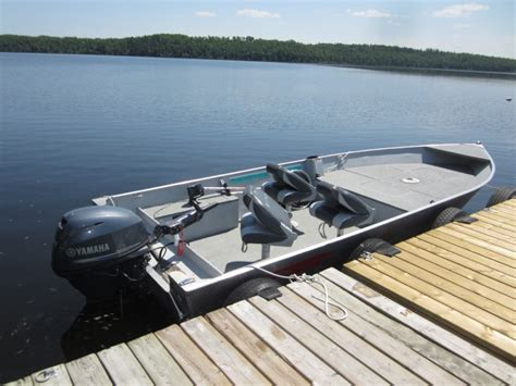 fishing cabin rentals with boat off lake cabin rentals family fishing resort vacations