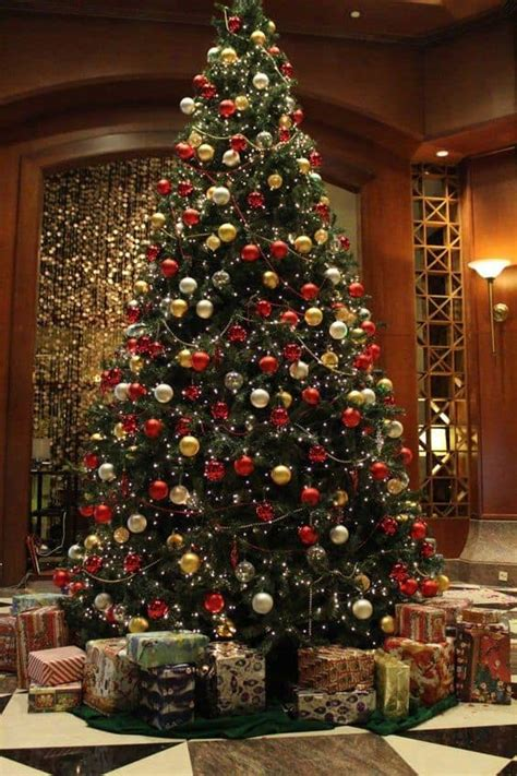 stores selling real christmas trees 17 stunning and gold trees to welcome winter