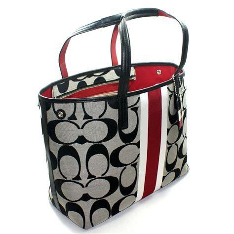 Coach Htons Stripe Medium Purse by Coach Htons Signature Stripe Medium Tote Bag 19999