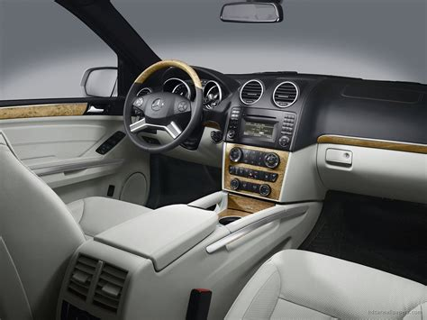 2009 Mercedes Suv Interior Wallpaper Hd Car