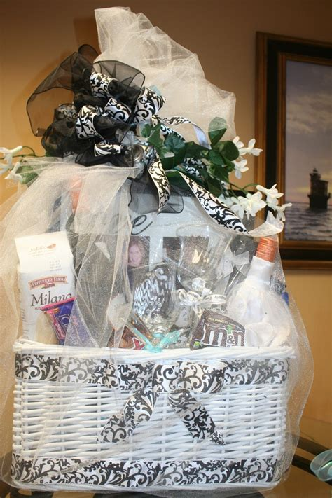 Bridal gift basket i like the outside   Wedding
