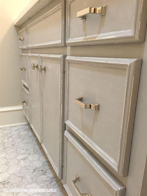 Remodelaholic Chalk Paint 174 Bathroom Vanity Makeover Chalk Paint Bathroom Vanity