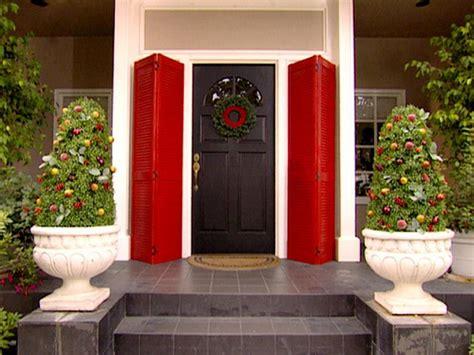 decorating doors for celebratlons 10 door decorations diy