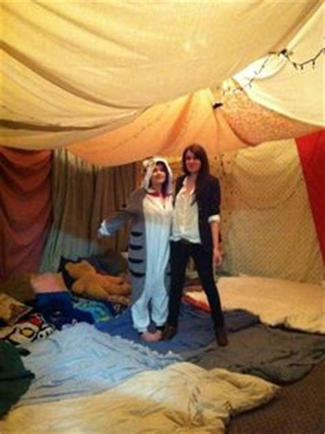 5 steps to building your own epic blanket fort 5 steps to building your own epic blanket fort soir 233 e