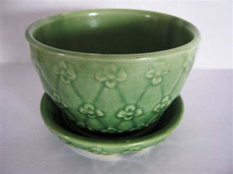 Shawnee Planters by 17 Best Images About Shawnee Pottery Flower Pots On