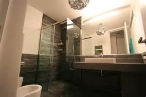 Images Of Modern Bathrooms image bagno grande foto 5 vista largo