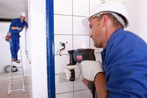 latexfarbe wasserdicht duschwand ohne bohren so geht s