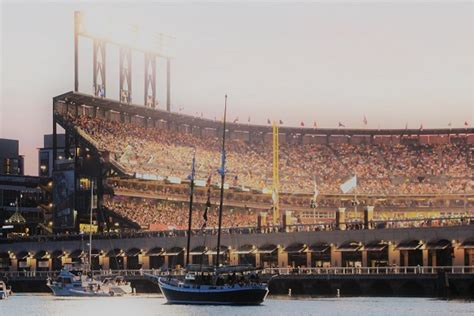 mccovey cove boat party friday night mccovey cove boat party go giants tickets