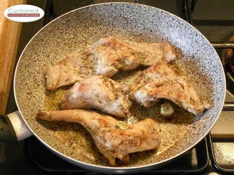 cucinare il coniglio arrosto ricetta coniglio arrosto cucinare it