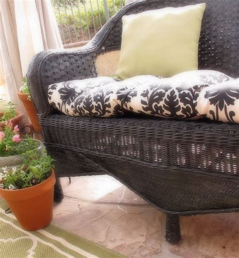 how to paint wicker furniture thrift store