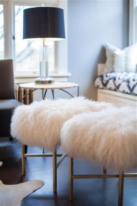 Fur Bedroom Decor How To Get A New Style At Home With Furs