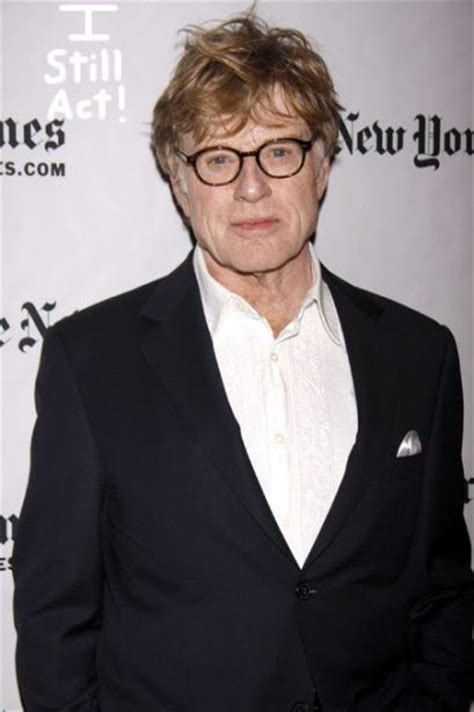 does redford wear a hairpiece poor robert redford perezhilton com