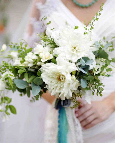 White Wedding Bouquet Flowers by White Flowers Bouquet Www Imgkid The Image Kid Has It
